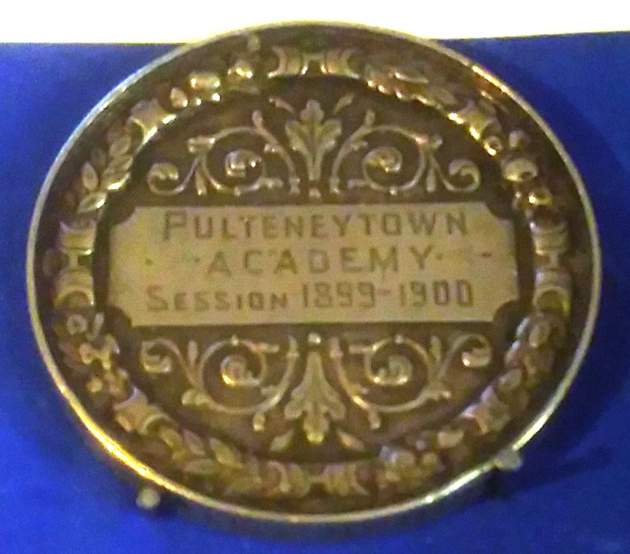A link to School medal